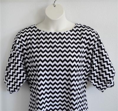 Black/White Chevron Cotton Post Surgery Shirt - Libby