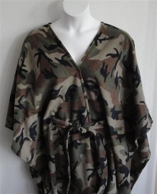 Shandra FLEECE Cape - Camo | Outerwear