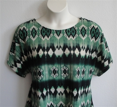Tracie Shirt - Green Geometric Poly Knit | Short Sleeve Shirts