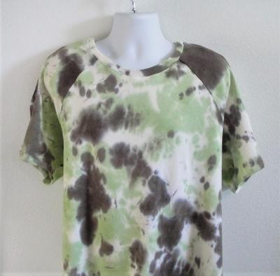 Unisex/Men Post Surgery Shirt - Green Tie Dye