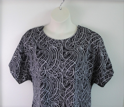 Tracie Shirt - Black/Gray Squiggles Poly Knit | Knits