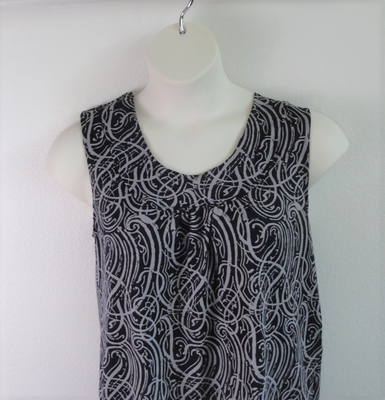 Sara Shirt - Black/Gray Squiggles Poly Knit | Polyester / Nylon