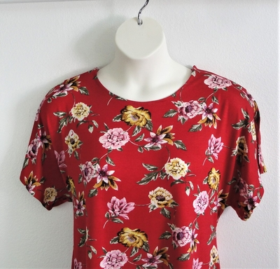 Tracie Shirt - Red Floral Rayon Knit | Short Sleeve Shirts