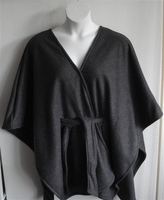 Image Shandra FLEECE Cape - Charcoal Gray