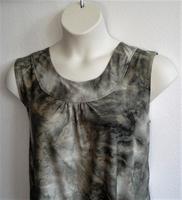 Image Sara Shirt - Olive Batik Poly Knit