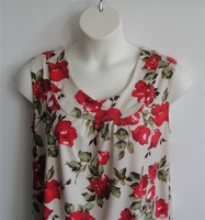 Image Sara Shirt - Red Rose Rayon Knit