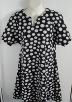 Image Abby FLEECE Nightgown - Black Dot