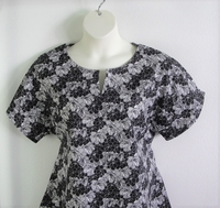 Image Gracie Shirt - Black Sketch Floral