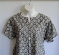 Image Gracie Shirt - Olive Green Fleur